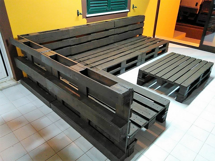 Repurposed Wooden Pallet Sofa Plan | Wood Pallet Furniture