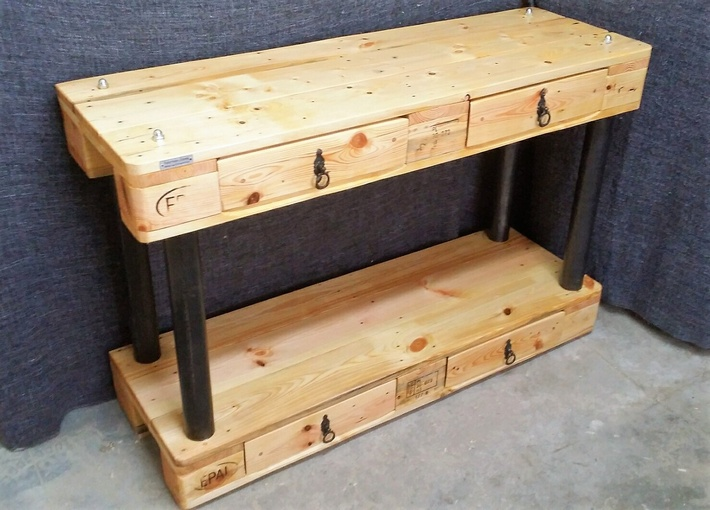 reclaimed pallet side table with drawers