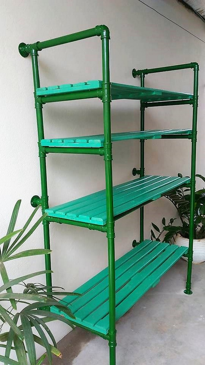 reclaimed pallet storage shelving