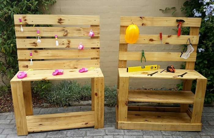 recycled pallets Children's workbenches