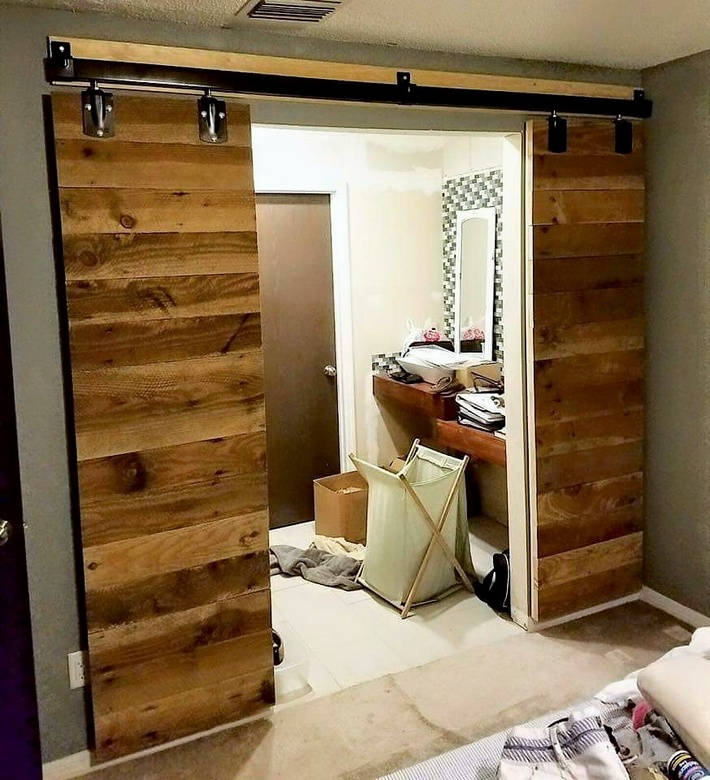 reused pallet sliding door