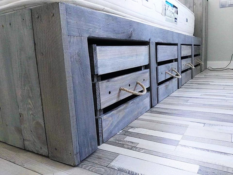 pallet bed with storage idea