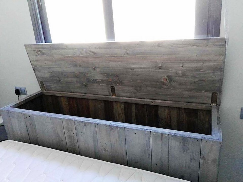 pallet wooden bed headboard chest 2