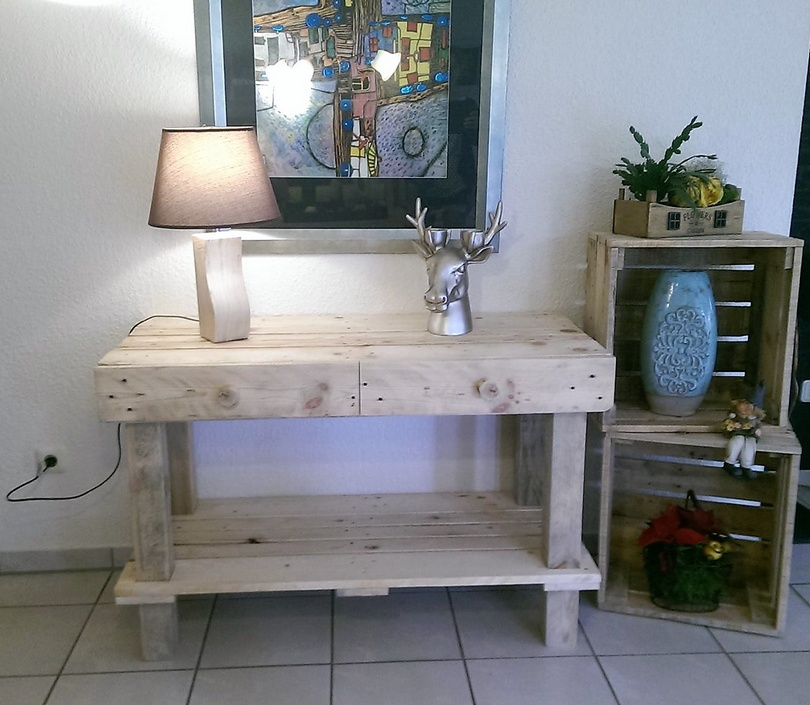 pallets entryway table plan