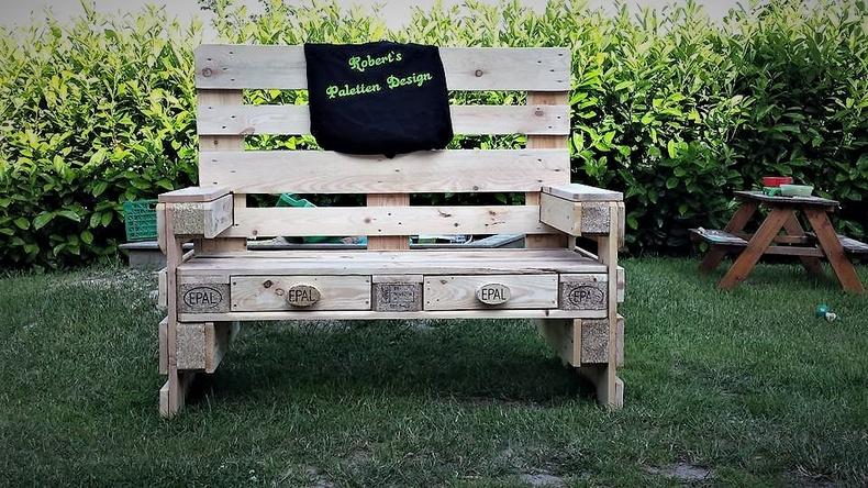 pallets garden bench