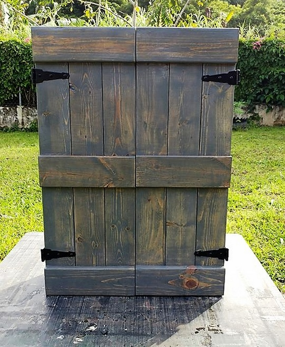 pallets jewelry cabinet
