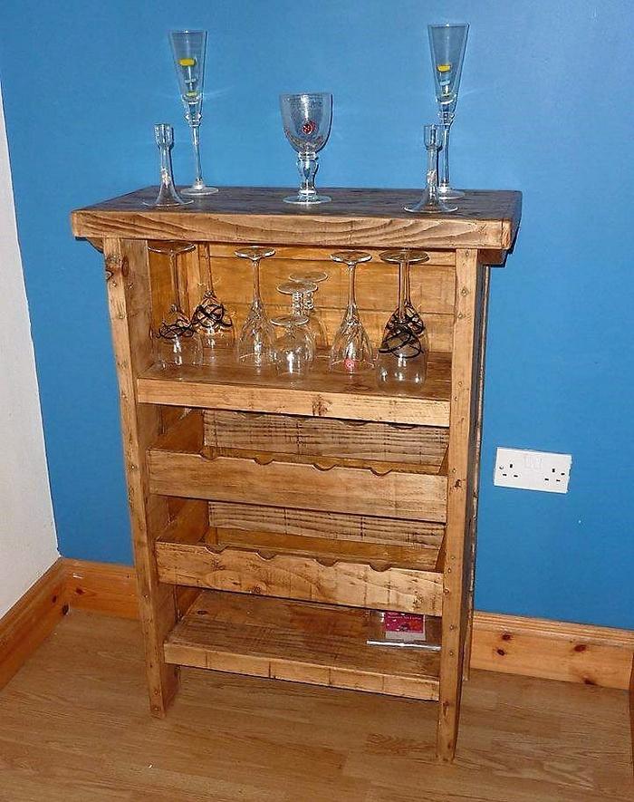 pallets kicthen cabinet