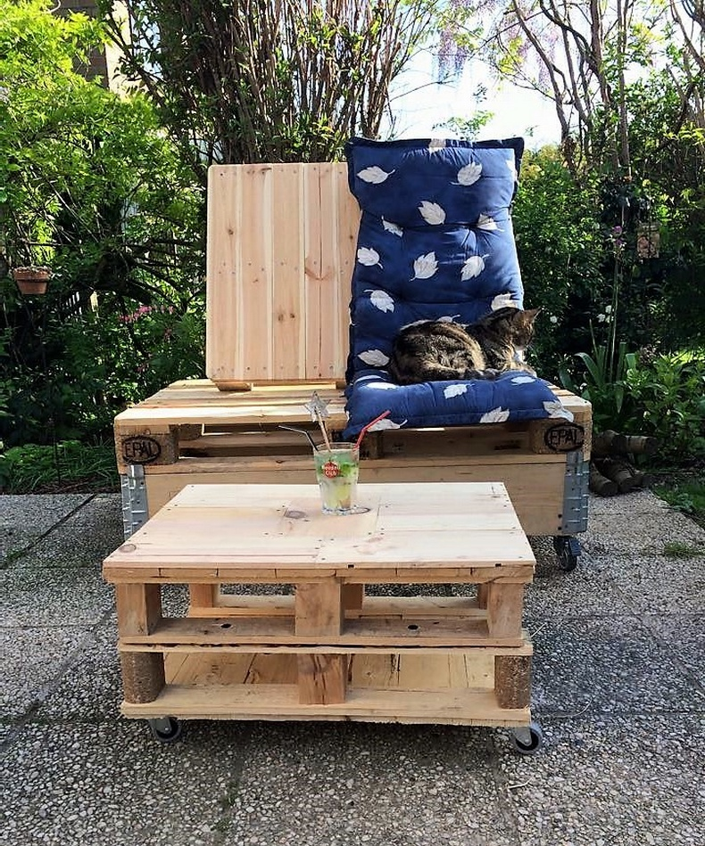 pallets patio furniture