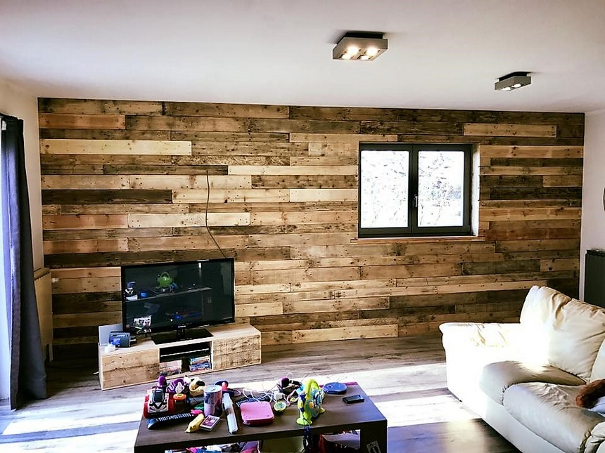 rustic look pallet wall art