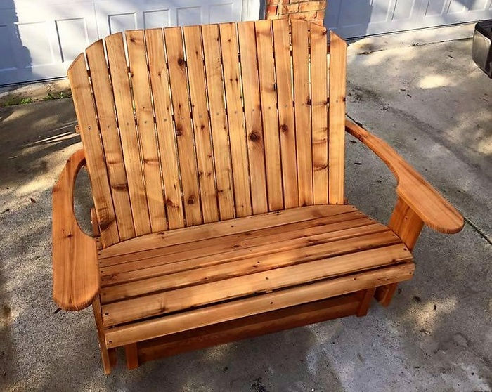 upcycled pallets patio bench
