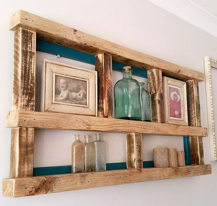 upcycled pallets shelf