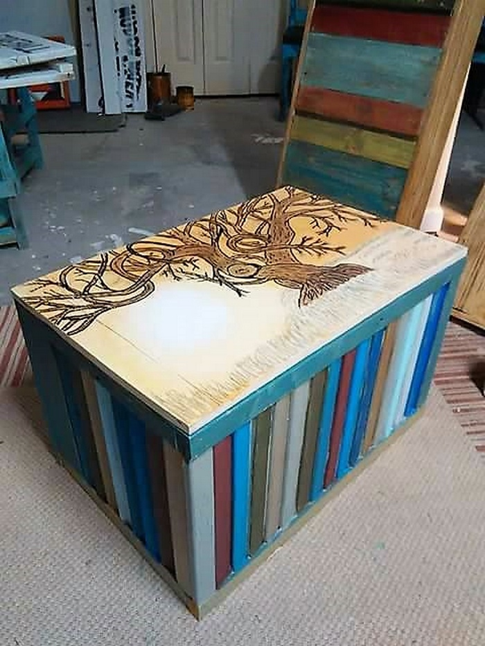 wood pallet table art