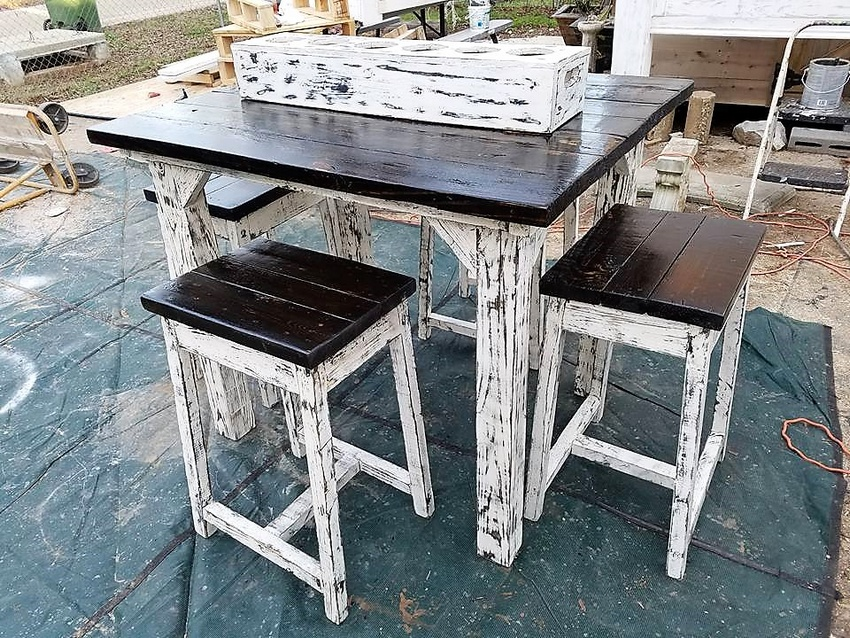 wood pallet vintage furniture