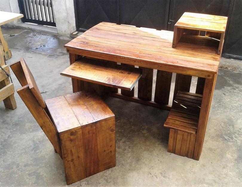 wooden pallet system desk