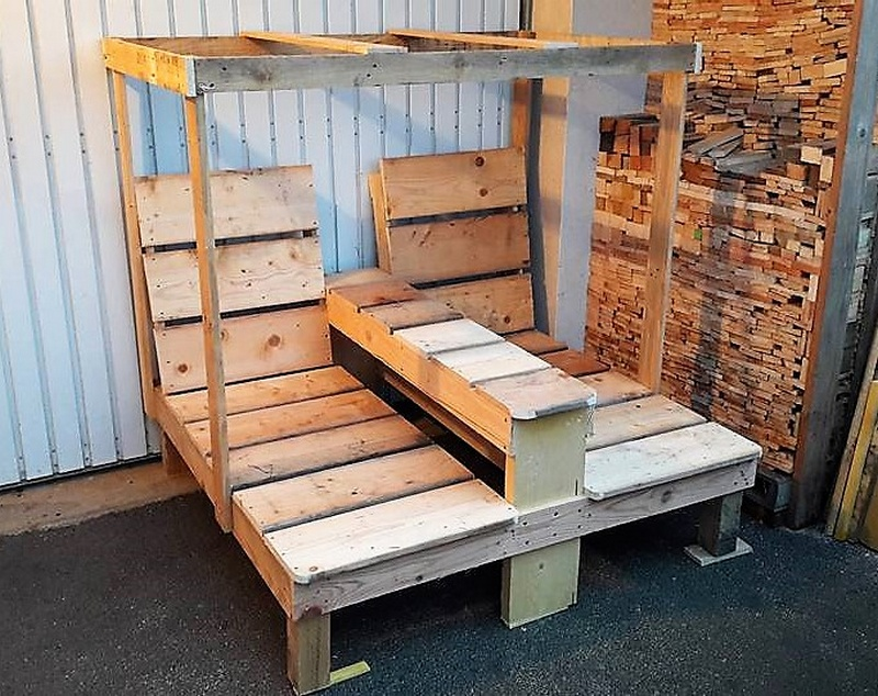 2 seats pallet lounger