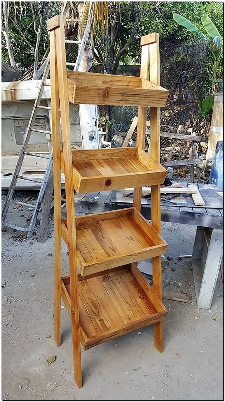 pallets fruit stand