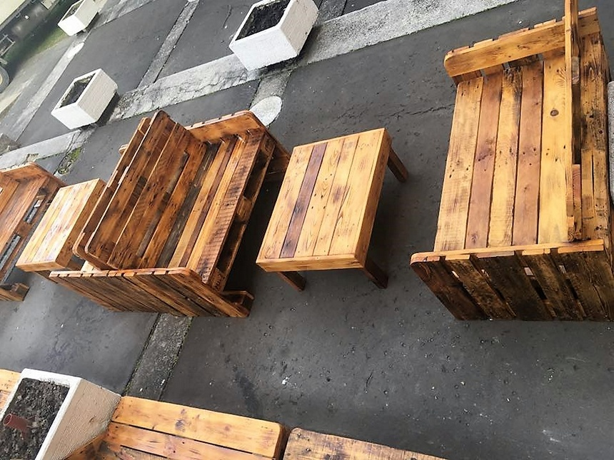 pallets wooden furiture