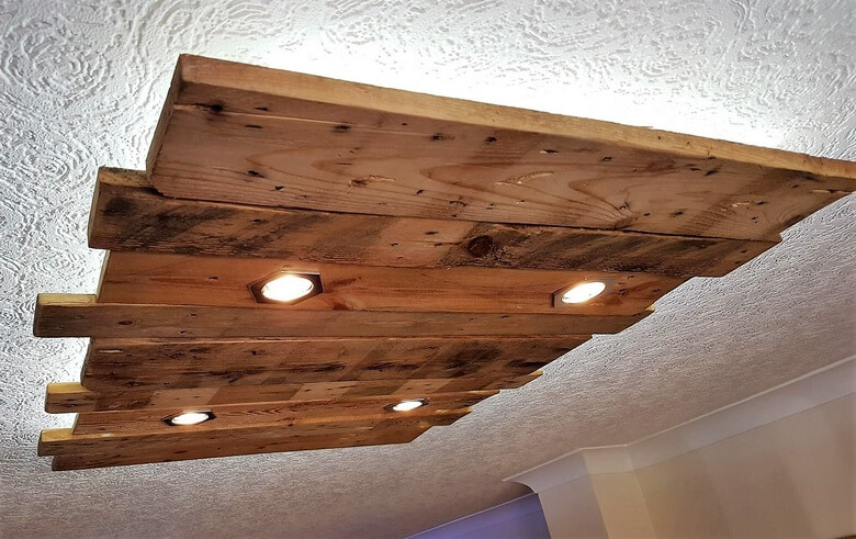recycled pallet roof lighting 2