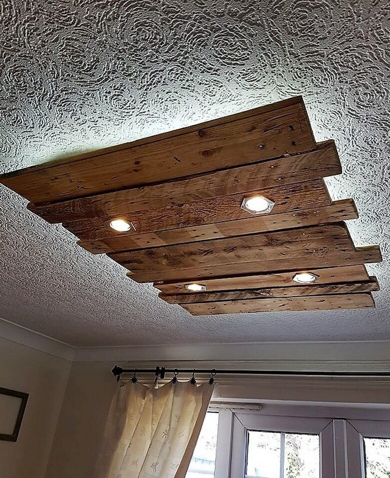 recycled pallet roof lighting