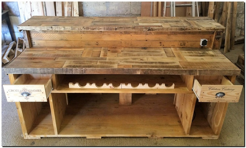 recycled pallet wood bar