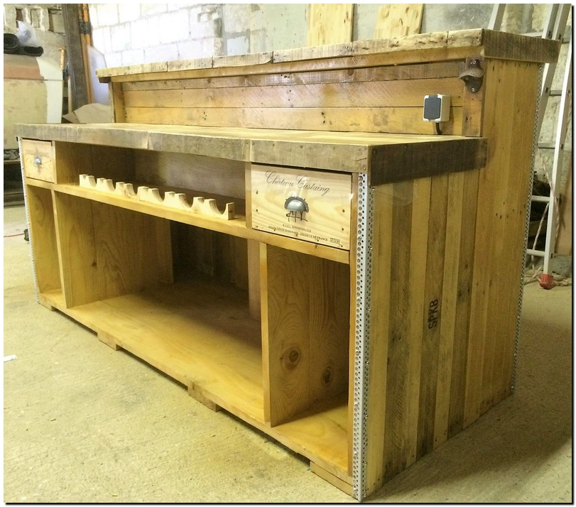 wood pallet recycled bar