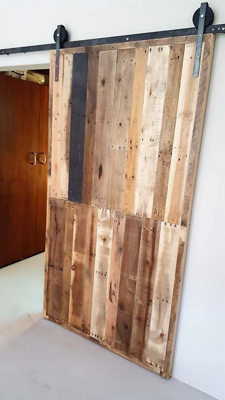 wood pallet sliding door