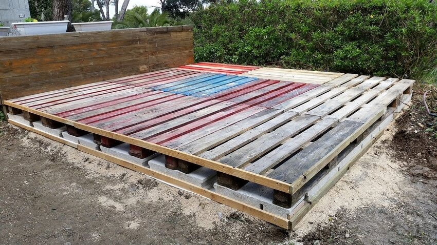 diy pallet deck plan