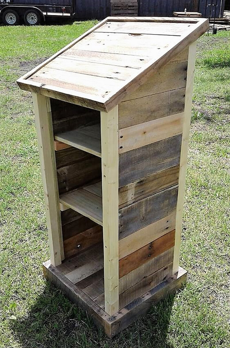 made with pallets wood