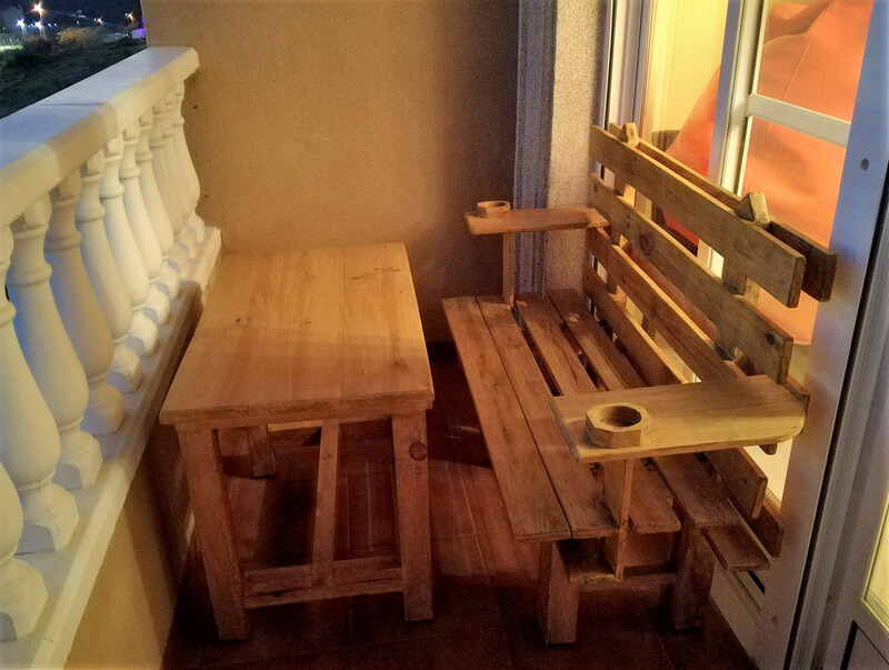 pallets balcony furinture