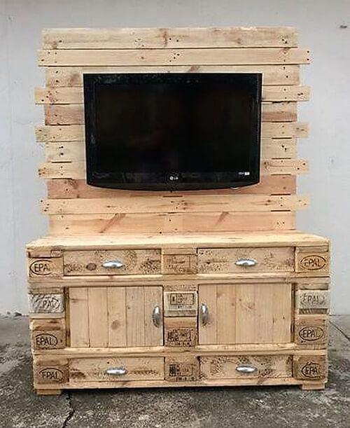 pallets tv console