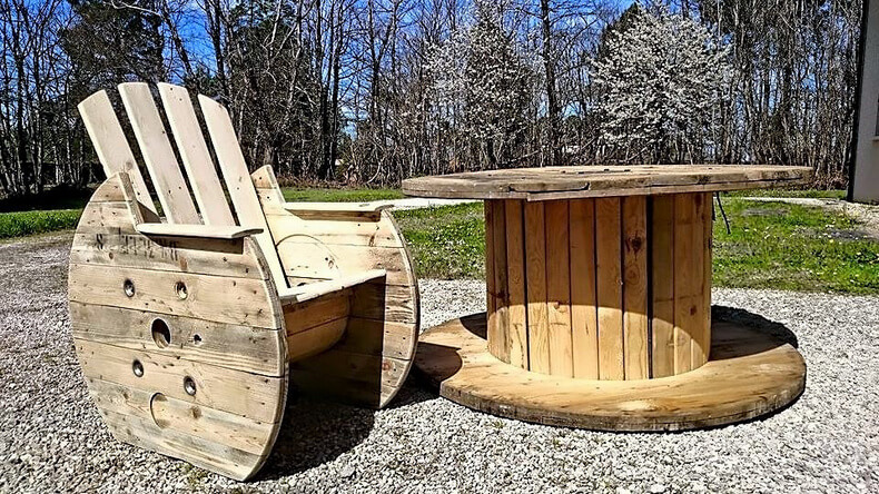 Reclaimed Cable Reel Pallets Patio Furniture Set