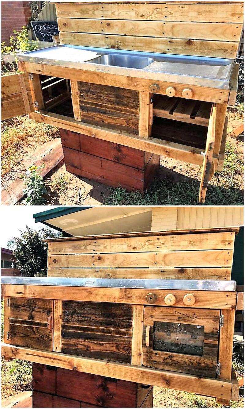Pallets Made Mud Kitchen