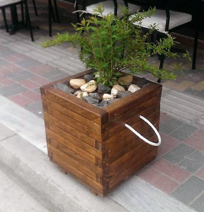 creative wood pallet planters 2