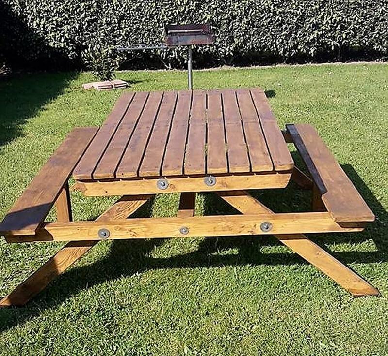 pallets garden picnic table idea