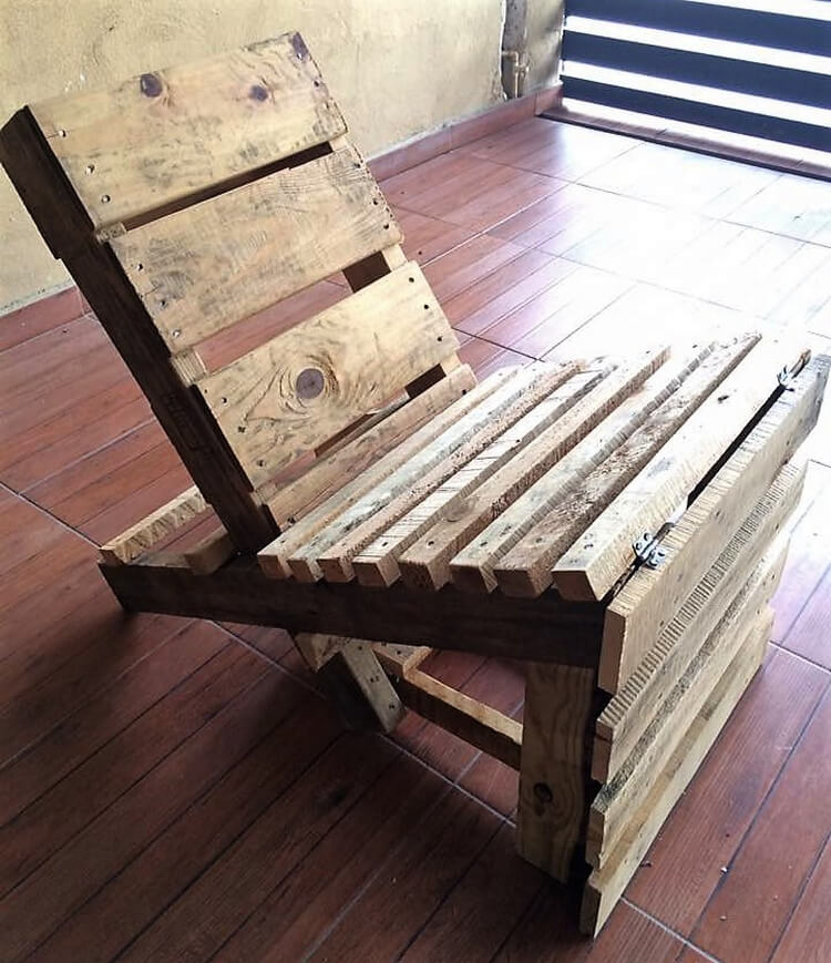 pallets made chair idea