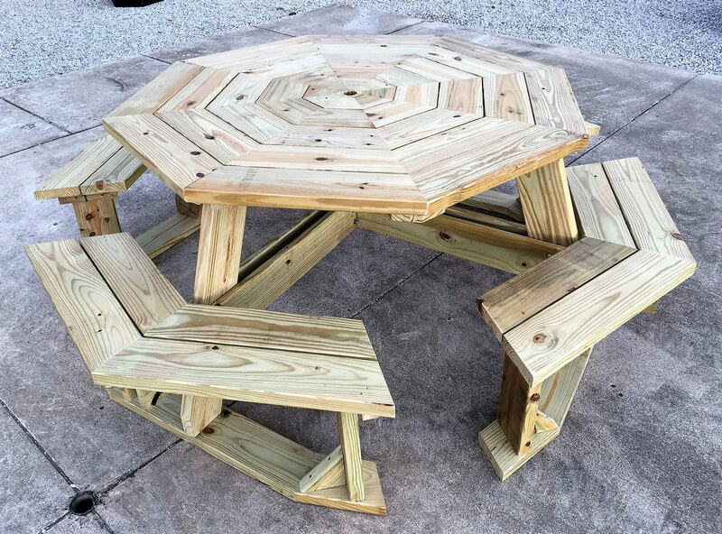 pallets wooden table set
