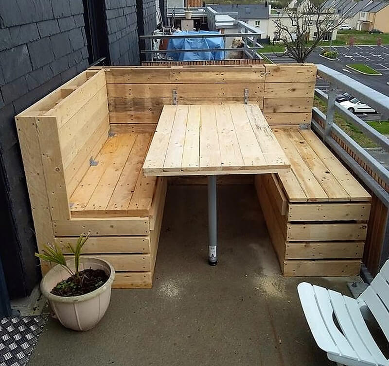 reclaimed wood pallet balcony couch