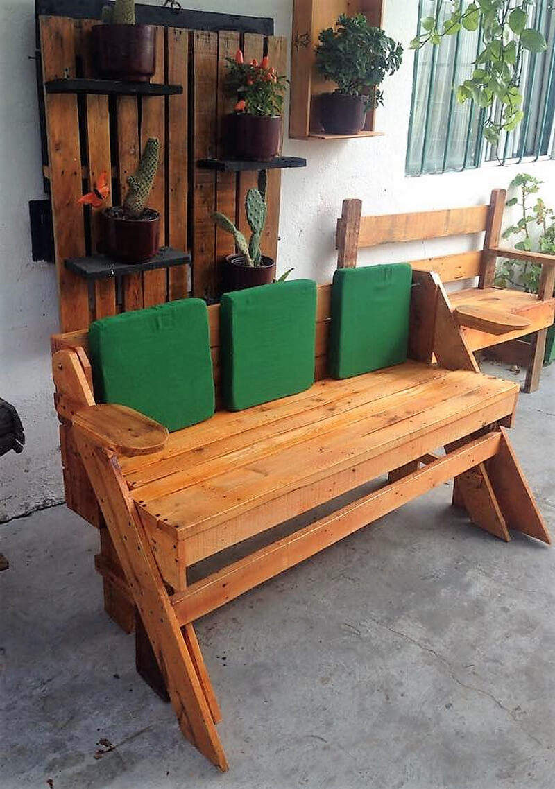 recycled pallets bench
