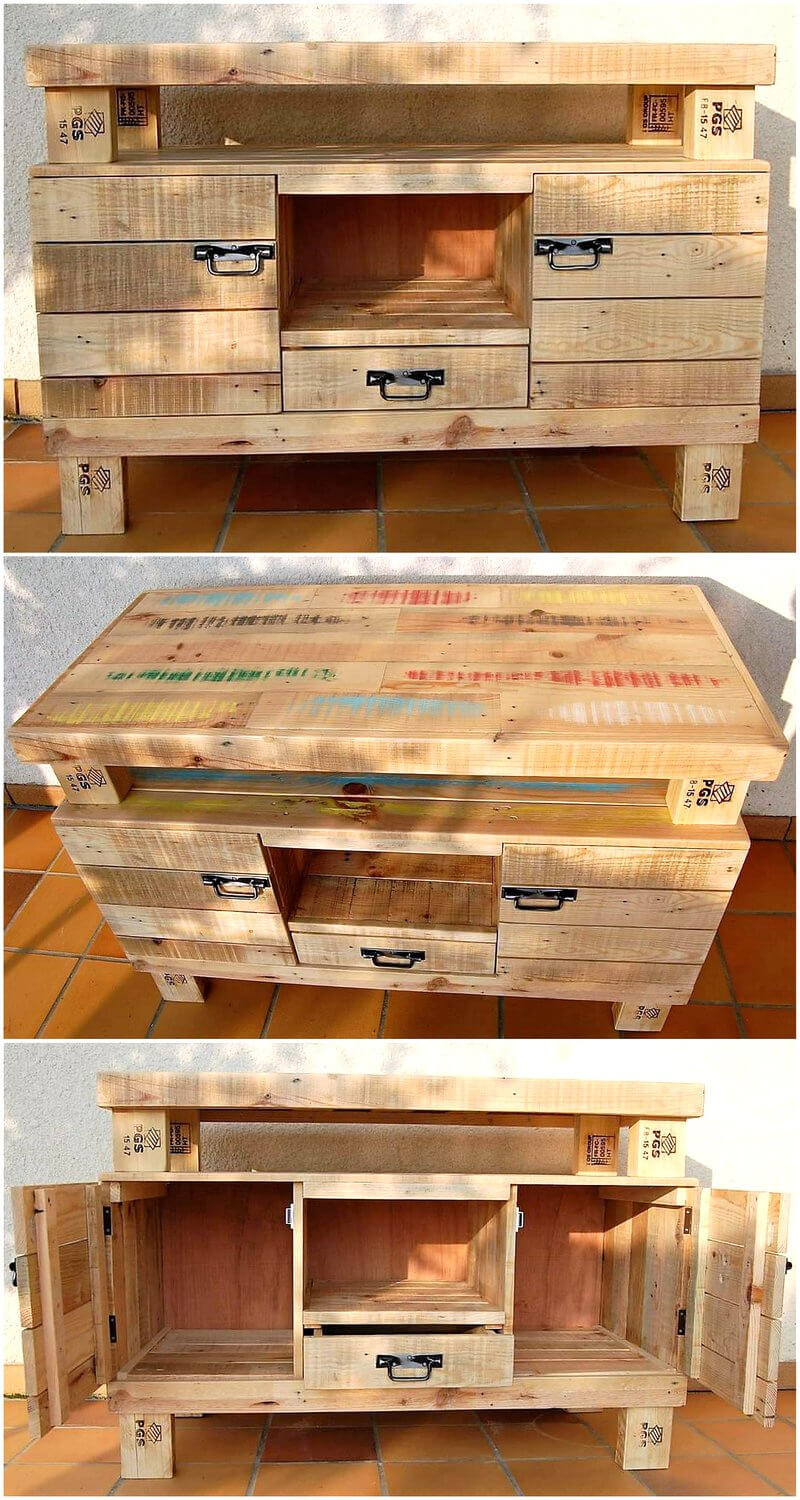 recycled wooden pallet table