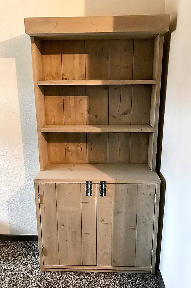 rustic pallet closet