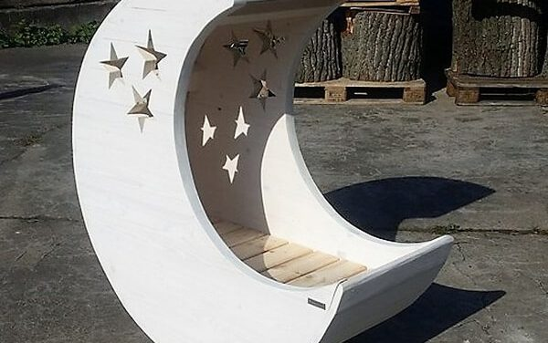 Wood Pallets Made Baby Cradle Moon and Star