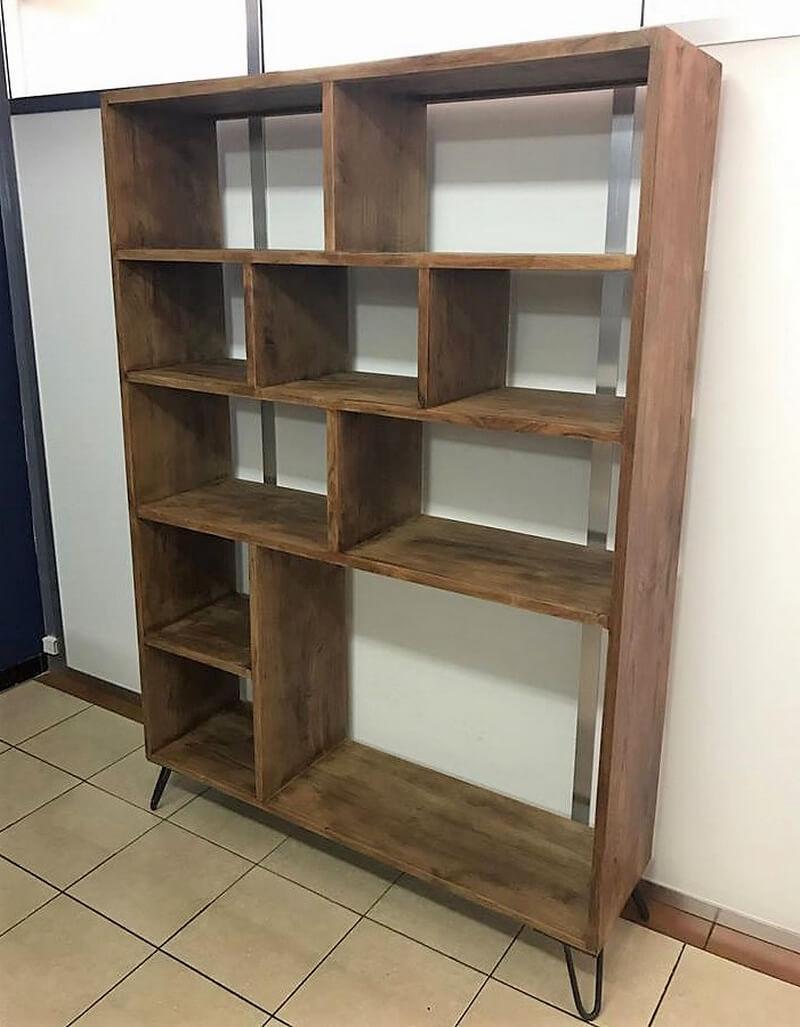 reclaimed pallets shelving cabinet