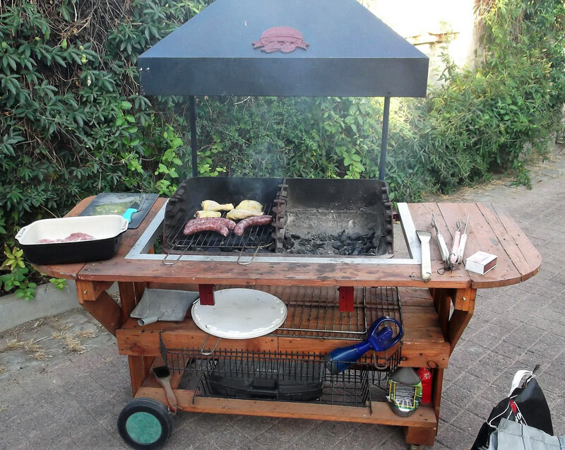 reclaimed pallets wooden bbq table