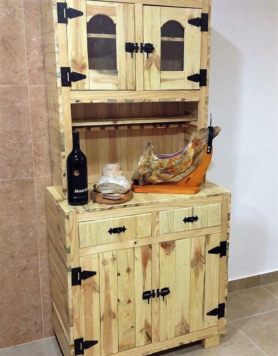 recycled pallets sideboard