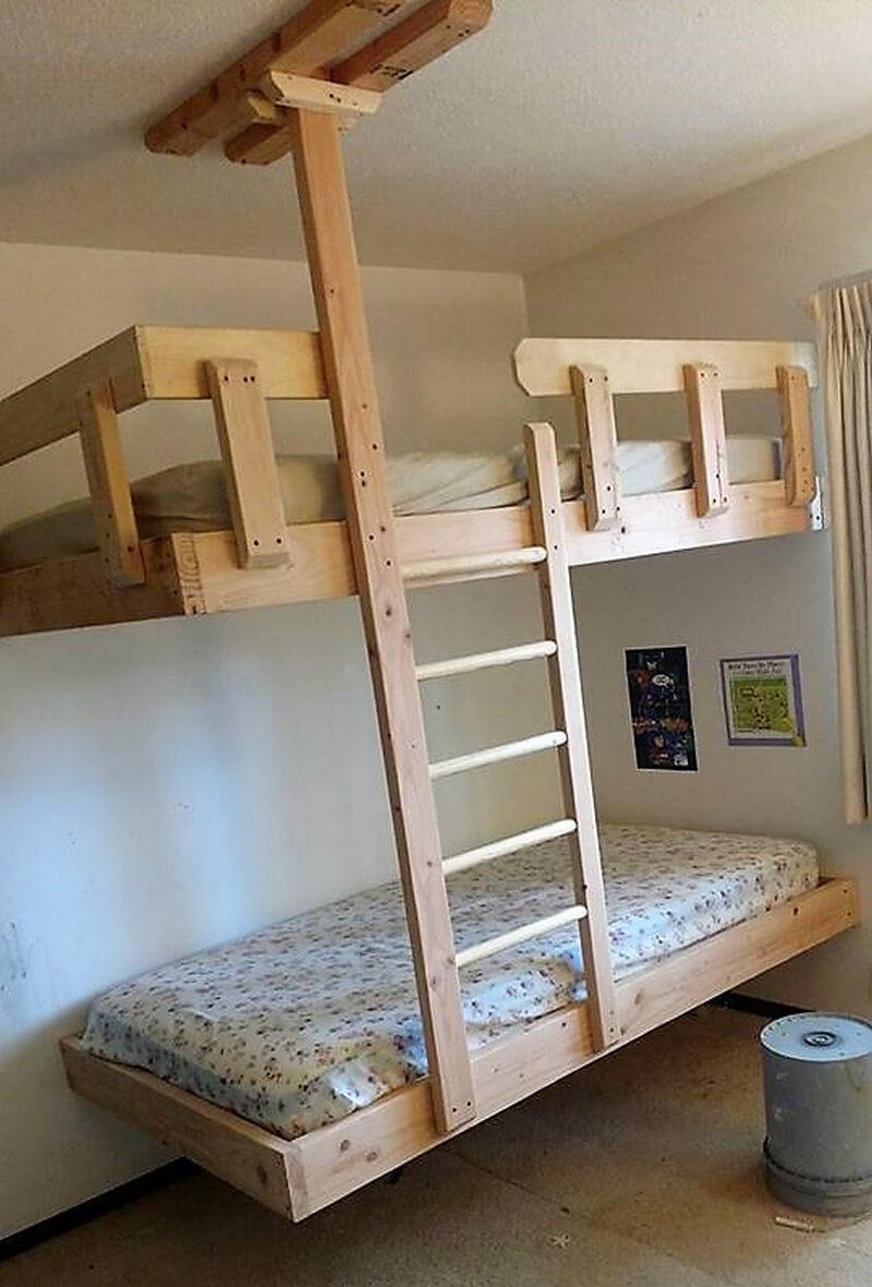 repurposed pallets wooden bunk bed idea