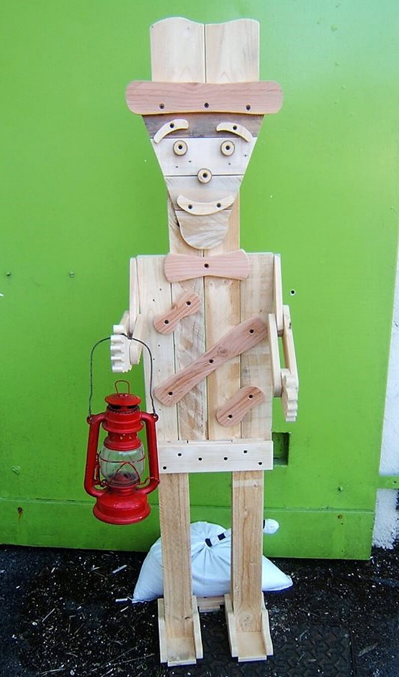 wood pallet Bob character art
