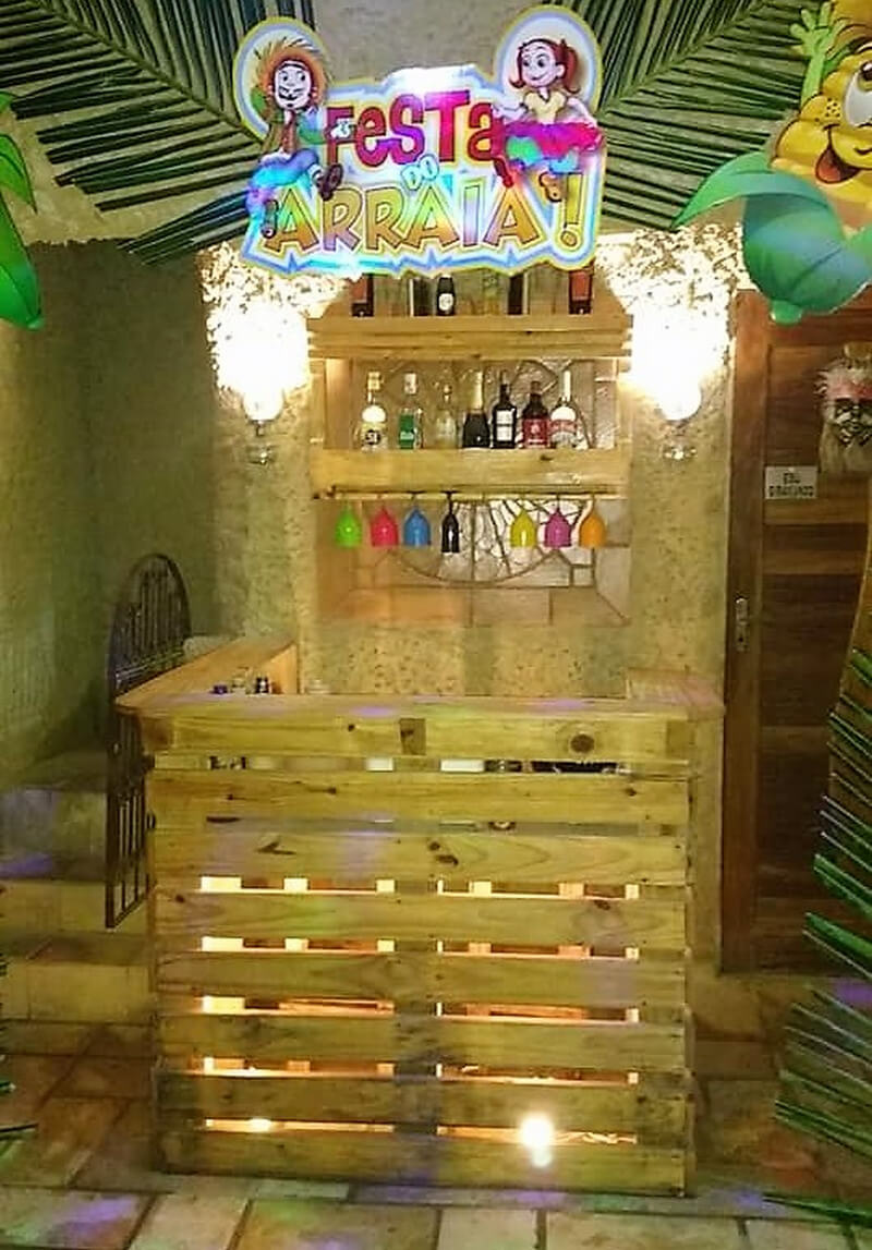 wood pallet bar idea