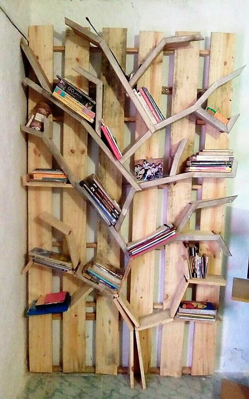 wood pallet bookshelf art
