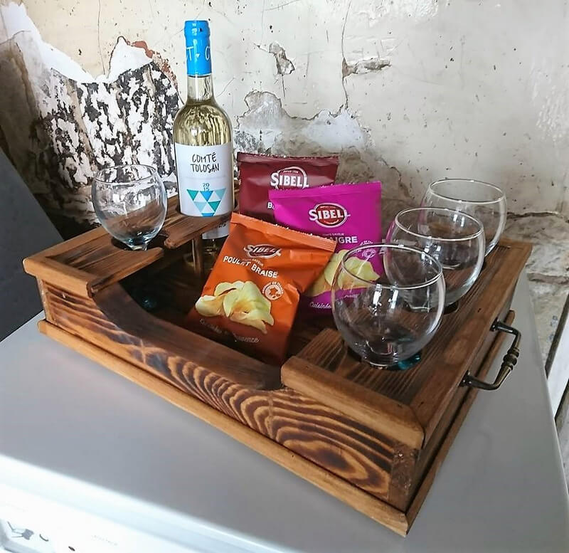 wooden pallet serving tray 2