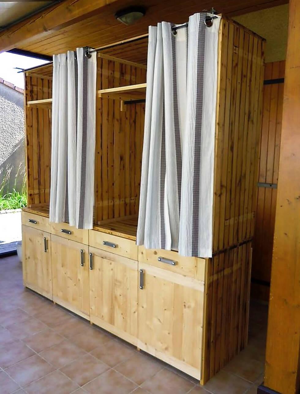 pallets dressing cabinet